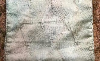 2017-11 handpleatedsilk cushion