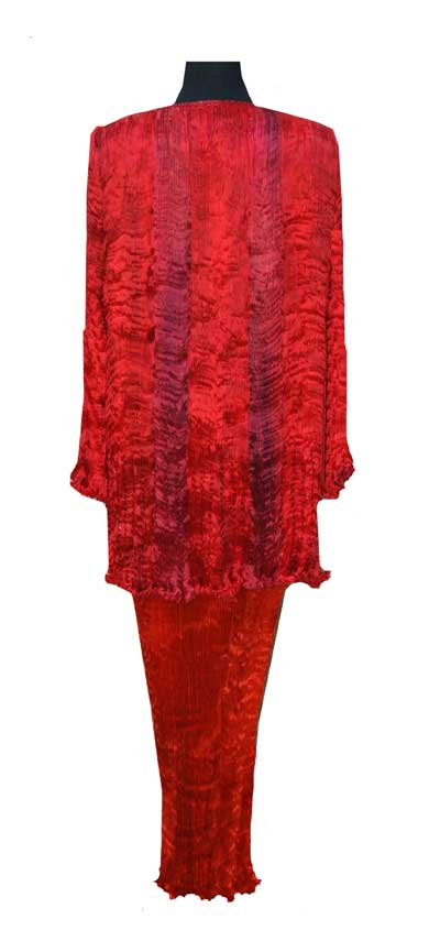 Stunning pleated silk evening jacket in brilliant red